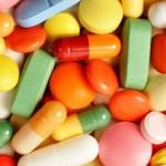 薬を飲むを英語でなんという?日常英会話表現